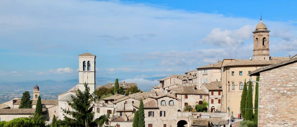 What to do in Umbria? visit Assisi