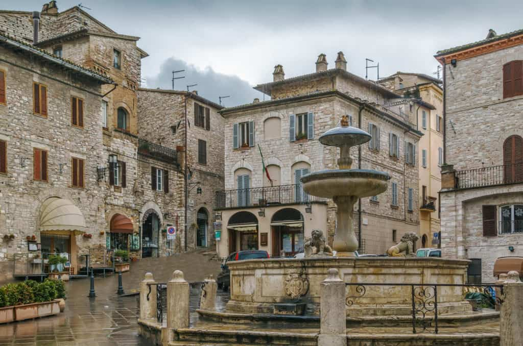 Piazza del Comune in Assisi